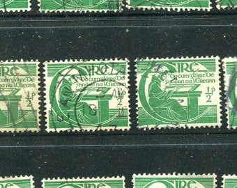 Emerald Green/50 Irish Stamps Used/Vintage Stamps Issued In Ireland In 1944