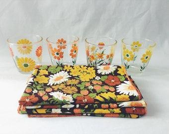 Floral napkin set