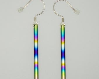 Anodized titanium rainbowcolours and silver earrings. Titanium jewelry. Pair of anodized titanium earrings.