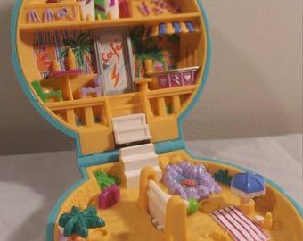 1989 Bluebird Polly Pocket Beach Party (No Dolls)