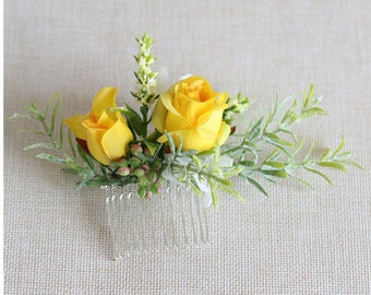 Wedding Flower Comb / Bridal Hair Comb / Canary Yellow Silk Rose Comb // Wedding / Prom / Bridesmaids / Flower girl / Coachella / Photoshoot