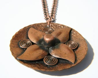 Vintage modernist copper flower pendant necklace