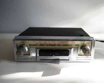 Vintage car radio.