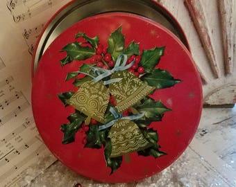 Vintage Christmas Tin / Vintage Christmas Decor / Vintage Storage Tin / Farmhouse Christmas / Vintage Xmas / Christmas Tin