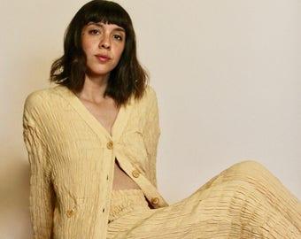 90s Tan Beige Suit, Two Piece Suit, Pleated spandex Suit,  Cotton Blend Pant, Pleated Trousers, Woman's suit, Woman's size Medium, Tan suit