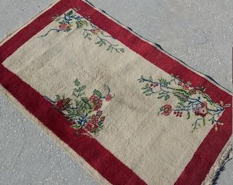 "Oushak Rug,Vintage turkish Rug,2'8""×6'4""feet,Area Rug,Home living,Oushak Turkish Carpet,Anatolian Rug, Fashion Rug, Etsy Rug,Rugs,Rug,"