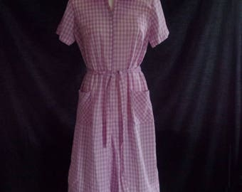 Vintage 1960's Pink and White Checked House Dress, House Coat Medium M