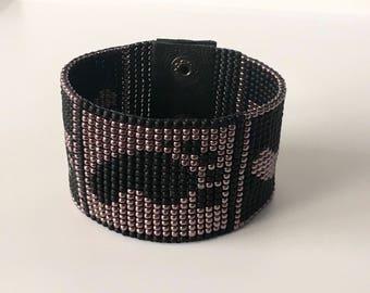 Mens bracelet - Beaded bracelet - Loom beaded bracelet - Mens cuff bracelet