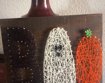 "Halloween String Art Sign - Ghost, pumpkin, ""Boo""."