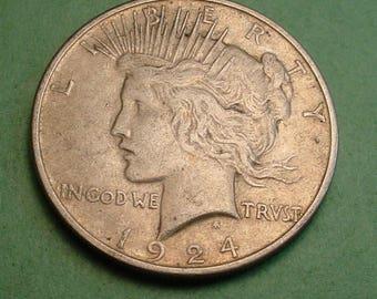 Peace Dollar 1924  original <> # ET3675