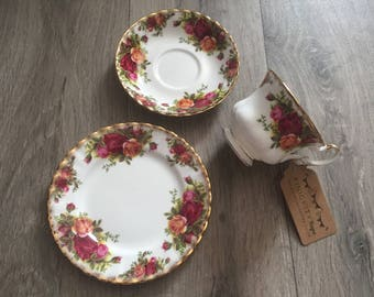 Vintage Royal Albert Bone China Old Country Roses Trio Tea Set