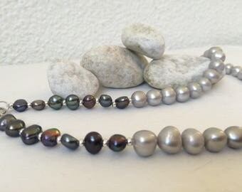 Two colored pearl necklace