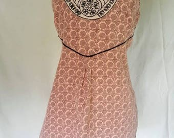 SALE Boho embroidered tank. Sz L.Tailored cotton weave vintage tank top. Sleeveless top