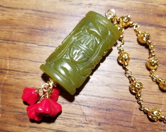 Jade and Flower Necklace