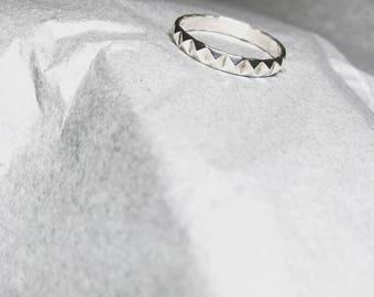 Handmade silver ring (V)