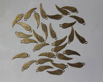 30 charm angel wing charm - 18 x 6 mm - jewelry - fairy - bronze metal