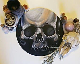 Round canvas Human Skull Painting
