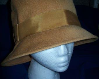 Woman's Vintage Tan Ritz Wool Hat