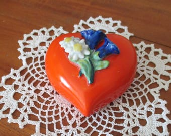 Heart Wall Vase 1950s,  Heart  Wall Pocket Hanging, Red Flower Vase , Mothers Day Gift,Modern Decor