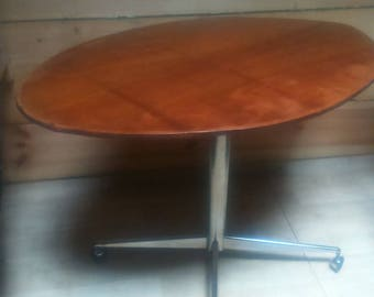 Vintage low skimboard table
