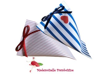 Box dragee, gift-wrapped, striped red and white, baptism, wedding, birthday, communion