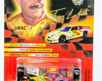 Racing Champions 50th Anniversary Terry Labonte 1/64 Diecast Car - Corn Flakes