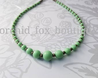 Vintage mint green & metallic beaded necklace