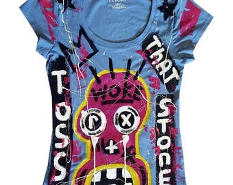 Woman Large One of a kind, hand painted tee shirt.