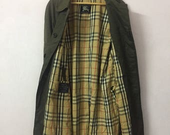 SALE ! Vintage BURBERRYS trench coat made in england