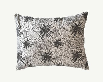 Rustic pillow patterns