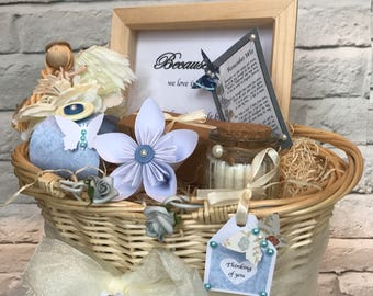 Bereavement gift basket, remembrance, grieving, thinking of you