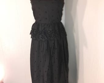Black Vintage 2-piece crop-top and mid-length skirt