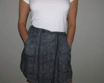 Navy blue printed skirt