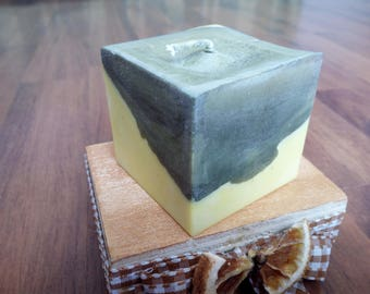 Non-GMO soy wax candle. Two-tone cube