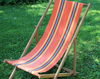 Vintage Canvas Sling Back Wood Frame Folding Beach Chair