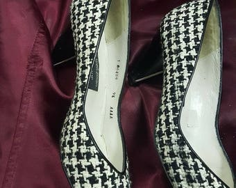 Vintage Houndstooth Stuart Weitzman low heels