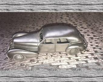 1936 Pewter Cord 810 Beverly Sedan