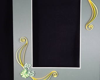 Quilled Photo Mat with Shamrocks
