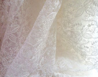 3 metres English Vintage Nottingham lace fabric, perfect condition, old stock bridal lace from the 1930's or 40's, embroidered tambour lace.