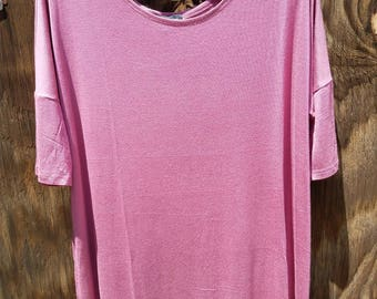 Sizes:S-XL, This Mauve Piko top is so comfortable and fits perfectly! Would go great with leggings or your favorite jeans/pants!