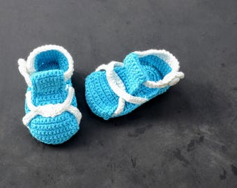 Baby summer sandals knitted