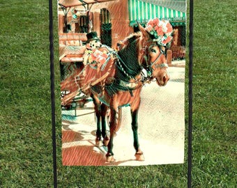 "New Orleans Horse and Carriage Garden Flag, Cafe Du Monde in background, heat set, hand sewn, 12""x18"""