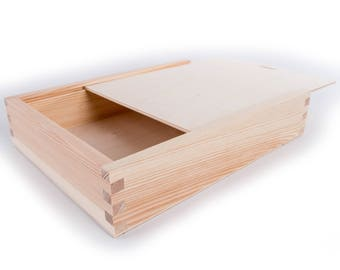 Natural Wooden Box with Sliding Lid L25 x W19 x H5 cm Unfinished/Pinewood