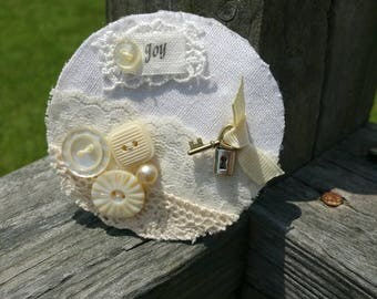 Vintage Fabric Brooch Shabby Chic Pin OOAK