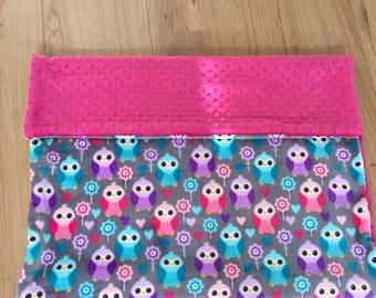 Blanket baby blanket pink with sweet owls and very hot