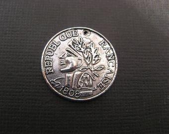 Charms 2 franc coin 2.3 cm metal silver