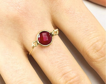 Cassiopeia ring - bright red and gold