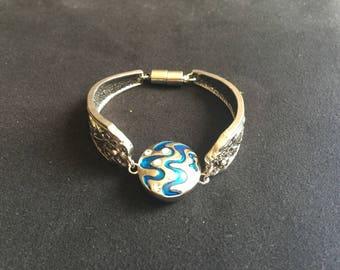 Silver metal filigree with interchangeable 5.5 mm snap bracelet