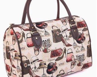 Elegant woven handbag