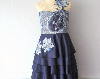Dress fabric Bazin blue ruffled circle skirt strapless and African Wax fabric, size 40/42 - woman M